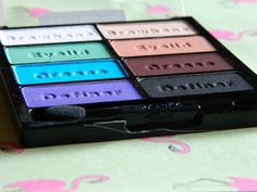 Wet n Wild Drinking A Glass Of Shine Palette: Review + Swatches!