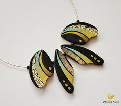 black-gold-blue necklace detail   by Daniela Klein - Lagarta