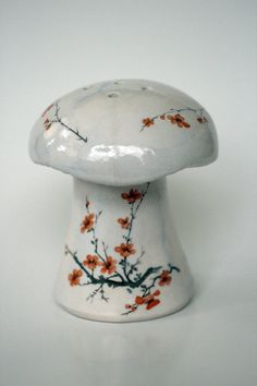 Mushroom S + P shaker