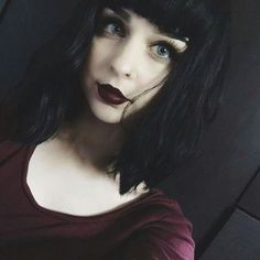 Find images and videos about sad, dark and pastel on We Heart It - the app to get lost in what you love. Gothic Hairstyles, Hairstyles With Bangs, Haircuts, Natural Hair Styles, Short Hair Styles, Look 2018, Black Grunge, Aesthetic Women, Beautiful Lips
