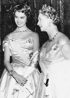 misshonoriaglossop:  Princess Margaretha of Sweden with her mother Princess Sibylla