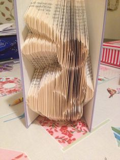 Book folding pattern for a Bunny with a by BookFoldingForever