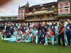 Team shots before #cricketforheroes!