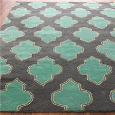 Floating Medallion Hand Tufted - Shades of Light - gray and turquoise