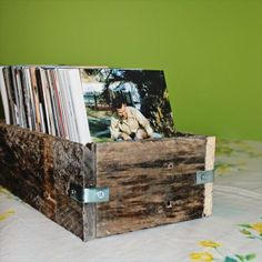 Pallet books Box  - Wooden Pallet Furniture