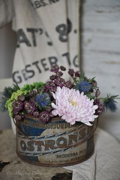 HWIT BLOGG: FLOWERS by titti & ingrid - Sensommarfärger...
