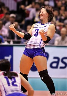 Pin by coolest video productions on girl's and women's volleyball in 2019 Female Pose Reference, Pose Reference Photo, Human Reference, Drawing Reference Poses, Female Action Poses, Figure Reference, Drawing Tips, Poses Dynamiques, Art Poses