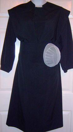 Black 4 piece Pa. Amish Dress Suit Dress, Cape, Apron & White Net Prayer Kapp
