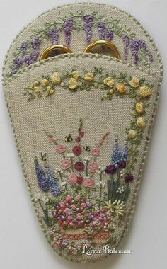 TAFA: The Textile and Fiber Art List | Lorna Bateman Embroidery