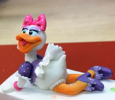 Fondant Daisy Duck Cake Topper