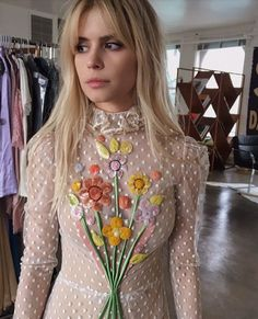 you thinking about pete davidson too? Carlson Young, How To Style Bangs, Hairstyles With Bangs, Who What Wear, Red Carpet, Blouse, Collection, Tops, Hair Bangs