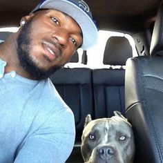 49ers linebacker Patrick Willis with his rescued pit bull, Zues. Seems only fitting to share with the playoffs under way. It is great to have positive role models in the NFL. Photo courtesy of The Bark.   http://thebark.com/content/nfl-linebacker-patrick-willis-loves-his-dog