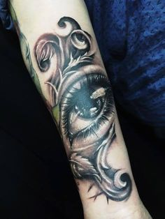 Eye On You ; By Uncle Water https://www.facebook.com/ironbunnytattoostudio/