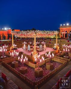 If you're planning an outdoor wedding, then here are some amazing tips. Outdoor wedding planning tips to have a glorious wedding Desi Wedding Decor, Wedding Stage Design, Wedding Hall Decorations, Wedding Mandap, Marriage Decoration, Wedding Ideas, Wedding Vows, Wedding Venues, Indian Wedding Receptions