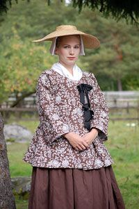 History in my Wardrobe: Late 18th Century Shortgowns from Kallfors, Sweden