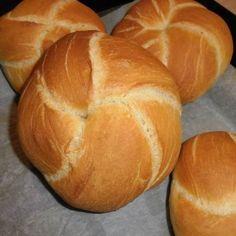 Naan, Ciabatta, Bread Dough Recipe, Hungarian Recipes, Sweet Desserts, Baked Goods, Bakery, Cooking, Food