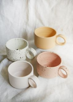 "The word ""ceramics"" comes form the Greek word ""keramikos"", which means pottery. The line of the Greek word means potter's clay and ceramic art directly … Ceramic Pitcher, Stoneware Mugs, Ceramic Cups, Ceramic Art, Ceramic Tableware, Ceramic Decor, Vintage Ceramic, Earthenware, Pottery Teapots"