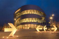 Mercedes-Benz Museum-Stuttgart