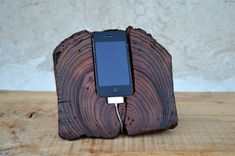 Wooden #iPhone Docking Station