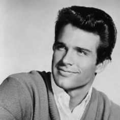 Young Warren Beatty...man they sure don't make them like they used to