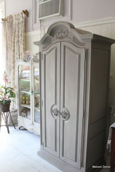 Armoire in Annie Sloan French Linen - that color or a bit lighter chalk paint to paint wood couch