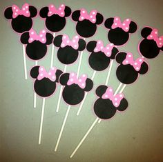 Minnie Mouse Cupcake Toppers-