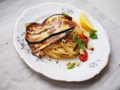 Munakoiso-hasselpähkinäpasta - Hanna G Chili, Spaghetti, Pasta, Ethnic Recipes, Food, Drink, Eggplant, Beverage, Chile