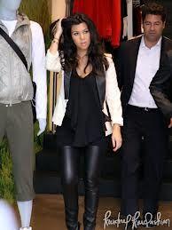 Kourtney Kardashian - pregnant fashion