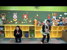 幼児におすすめ手遊び歌|動画&歌詞付「きのこズンズズズン」|cozre[コズレ] 子育てマガジン