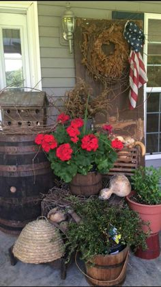 Prim barrel and buckets for the porch...