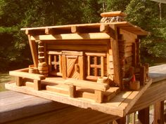 Log Cabin Homestead Pallet Birdhouse.  Etsy.