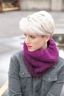 Knit and crocheted gifts are the softest way to celebrate the season, and I'm a big believer that projects should be attainable no matter what your. Short Grey Hair, Short Hair Cuts, Pixie Cuts, Mom Hairstyles, Pretty Hairstyles, Shot Hair Styles, Blonde Pixie, Hair Photo, Korean Skincare