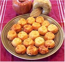 Russian Apple Cakes – WAGGGS World Thinking Day kid-friendly recipe ideas