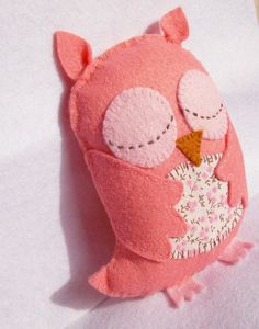 Pale Pink Sleepy Owl Plush  Baby Shower / by raspberryrocket---  awwww this owl's sweet!