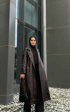 Modest Fashion Hijab, Modern Hijab Fashion, Modesty Fashion, Hijab Fashion Inspiration, Muslim Fashion, Modest Outfits, Winter Fashion Outfits, Clothing, Dress