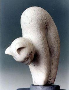 Un chat qui reste de marbre ! / Sculptureen marbre. / Marble sculpture. / By F. De Meester.