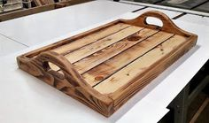 recycled pallets serving tray