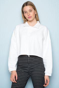 brandy melville: jones sweatshirt (white) Brandy Melville, Sweatshirts, Outfits, Tops, Women, Style, Fashion, Tall Clothing, Moda