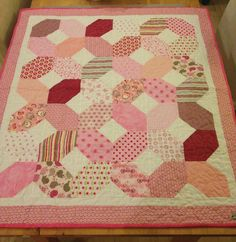 X and O Babyquilt. So many Hugs and Kisses. | Baby Quilt XOXO in pink