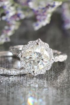 Halo Engagement Rings South Africa Square Halo Engagement Ring With Twisted Band Square Halo Engagement Rings, Beautiful Engagement Rings, Engagement Ring Styles, Oval Engagement, Wedding Rings Vintage, Vintage Engagement Rings, Wedding Jewelry, Wedding Bands, Ring Verlobung