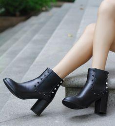 black boots,Punk rivet element womens boots,winter boots for women