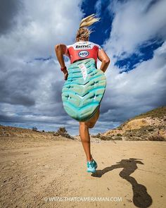 26 Ideas sport photography running muscle for 2019 You are in the right place about Photography Subjects photographs Here we Running Muscles, Running Pose, Running Photos, Fitness Photography, Sport Photography, Creative Photography, Photography Poses, Abstract Photography, White Photography