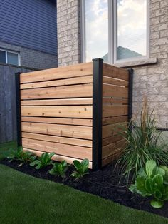Whether it's to create a high-end fenced terrace or to simply conceal a thermo-pump, HOFT has the solutions. Outdoor Rooms, Outdoor Gardens, Outdoor Living, Outdoor Decor, Outdoor Ideas, Outdoor Furniture, Outdoor Landscaping, Backyard Patio, Landscaping Ideas