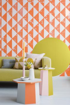 Get playful with your paint effects and give your living space a bold and beautiful look. This graphic pattern uses Flame Frenzy 5, Chalk Dust and Sweet Citrus
