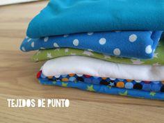 DIY: Cómo hacer leggings para bebés / Actitud y alegría. Baby Dress Patterns, Sewing For Kids, Sewing Crafts, Sunglasses Case, Amanda, Valentino, How To Make, Victoria, Dresses