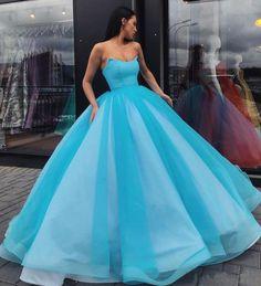 Handmade+item Materials:+Tulle Made+to+order Color:Refer+to+image Fabric:+Tulle Embellishment:+None Straps:+Strapless Sleeves:+Sleeveless Silhouette:+A+line Neckline:+Sweetheart+neck Hemline:+. Blue Ball Gowns, Tulle Ball Gown, Ball Gowns Prom, Ball Gown Dresses, Evening Dresses, Dance Dresses, Modest Prom Gowns, Cheap Prom Dresses, Quinceanera Dresses