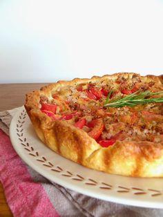 Rosenoisettes, Calme et Gourmandises...: Tarte estivale aux tomates, romarin, thon et mozza...