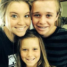 Duggar Family Blog: Updates and Pictures Jim Bob and Michelle Duggar 19 Kids and Counting: Settling Sibling Squabbles