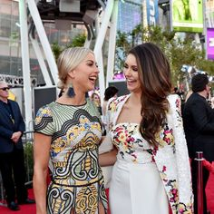 Pin for Later: Julianne Hough and Nina Dobrev Are Having the Best Girls' Night at the AMAs
