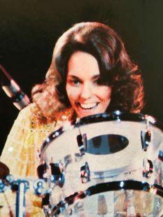 The drums Richard Carpenter, Karen Carpenter, Goodbye To Love, Karen Richards, Forever Young, Role Models, Drums, Singers, People